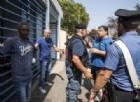Accoglienza migranti, tutto un bluff: a Siena i soldi li spendevano così (e c'era anche un prete)