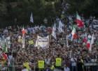 Una piazza piena che «insegue un'utopia»: la protesta contro Mattarella diventa la festa del governo del Cambiamento