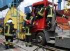 Incidente al Porto, operaio ferito e bloccato dentro una ralla
