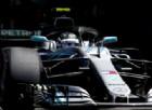 Il nuovo motore riporta in testa la Mercedes, ma si rompe subito
