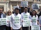 Sempre più italiani vogliono un'arma in casa per difesa personale