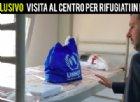 Salvini in visita a un centro rifugiati di Tripoli: «Guardate, non sono campi di prigionia o di tortura»