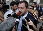 La Diciotti approda a Trapani: Salvini vuole i dirottatori in manette, ma Di Maio non ci sta
