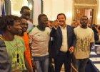Conte e Salvini a Foggia dopo la strage di braccianti: «Pene severe per i caporali»