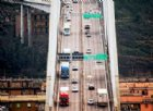 Com'è difficile revocare la concessione ad Autostrade. Che guadagna sui nostri pedaggi