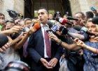 """Ilva, Di Maio non annulla la gara: """"Ecco perché l'ho fatto"""". Calenda: """"Ha mentito"""""""