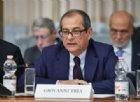 Manovra, Tria: nessun contrasto nel governo, favorevole al taglio dell'Irpef