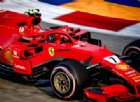 Raikkonen re del venerdì a Singapore, Vettel a muro