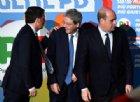 Zingaretti risponde a Renzi e co.: «Io porto a cena i cittadini. Ma in trattoria»