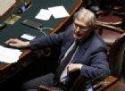 Sgarbi litiga con Berlusconi e passa con la Meloni