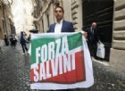 Dentro Forza Italia crea la corrente Forza Salvini: Berlusconi lo sospende dal partito