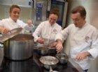 La brigata di cucina del Ristorante «Casa Vicina»