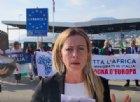 """Meloni da Ventimiglia: """"Macron scarica migranti in Italia? Noi rispondiamo così..."""""""