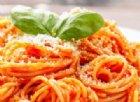 «Faccamoci du spaghi», o anche tre, tanto la pasta non fa ingrassare e rende pure felici