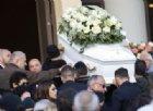 Nel giorno dei funerali di Desirée il padre urla il suo dolore in tv