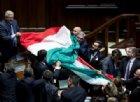 Nell'aula della Camera è vietato sventolare il tricolore italiano
