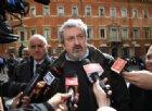 Michele Emiliano per attaccare il governo distrugge il PD