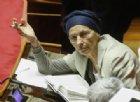 Emma Bonino e quello «sporco negro» in aula per attaccare il Governo