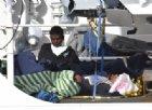 Migranti alla deriva su un peschereccio spagnolo: «L'Italia li accolga»