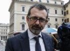 Delmastro (Fdi): «Se passa il global compact, Salvini faccia cadere il governo: urge uno psichiatra»