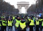 Per calmare i «Gilet Gialli» Macron scava un buco nel bilancio