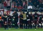 Un arbitraggio killer butta il Milan fuori dall'Europa