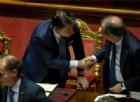 Manovra, slitta ancora il maxiemendamento (senza voto). Opposizioni denunciano: emergenza democratica