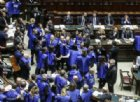 Berlusconi: «Gilet azzurri simbolo di un'Italia che non vuole distruggere»