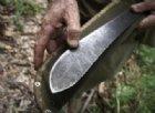 Tenta di aggredire i Carabinieri con un machete: arrestato