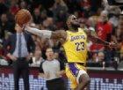 Torna LeBron e i Lakers vincono il derby con i Clippers
