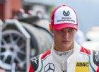 Mick Schumacher sulla Ferrari nei test in Bahrain: «Non vedo l'ora»
