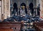 Notre-Dame: all'improvviso la Croce, l'interno è salvo