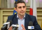 Pizzarotti: «Parlare di profughi selezionati è eticamente vergognoso»