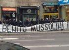 Striscione neofascista dei tifosi laziali a Milano: «Onore a Benito Mussolini»