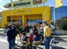 Vigilia elettorale segnata dalla crisi Mercatone Uno. 55 negozi chiusi nella notte
