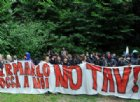 Corteo No Tav, manifestanti forzano zona rossa ed esultano