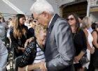 Crollo ponte, l'abbraccio di Genova ai familiari delle vittime