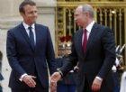 Macron: «Spingere la Russia lontano dall'Europa è un errore profondo»