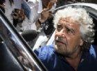 Beppe Grillo (esausto) si rivolge al PD: «Occasione unica». E a Di Maio: «Basta parlare di posti e punti»