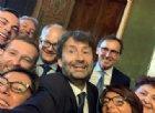 Nasce il Conte bis, giuramento sobrio tra familiari e selfie