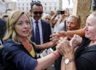 Meloni in Piazza Montecitorio: «Questo è il 'Vaffa Day' per i 5 stelle»