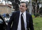 La previsione di Carlo Calenda: «Governo durerà poco, Renzi lo bombarderà»