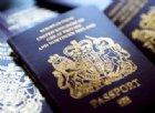 Il Regno Unito torna al passaporto blu