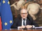 Le «certezze» di Gualtieri: «Il decreto non lascia nessuno indietro e rilancerà l'economia»