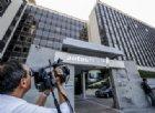 Atlantia (Benetton) congela i maxi-investimenti di Autostrade, braccio di ferro con il Governo sui prestiti
