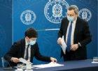 Il Presidente del Consiglio, Mario Draghi con il Ministro Roberto Speranza durante una conferenza stampa