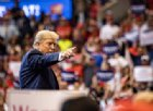 Donald Trump fa causa a Google, Facebook e Twitter