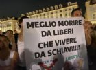 Torino, i No Green pass chiedono un «processo come a Norimberga» per il Governo