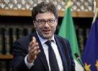 Reddito di cittadinanza, governo si spacca: braccio di ferro tra Giorgetti e Patuanelli