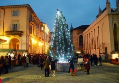 Accensione dell'albero in Piazza Duomo, oggi